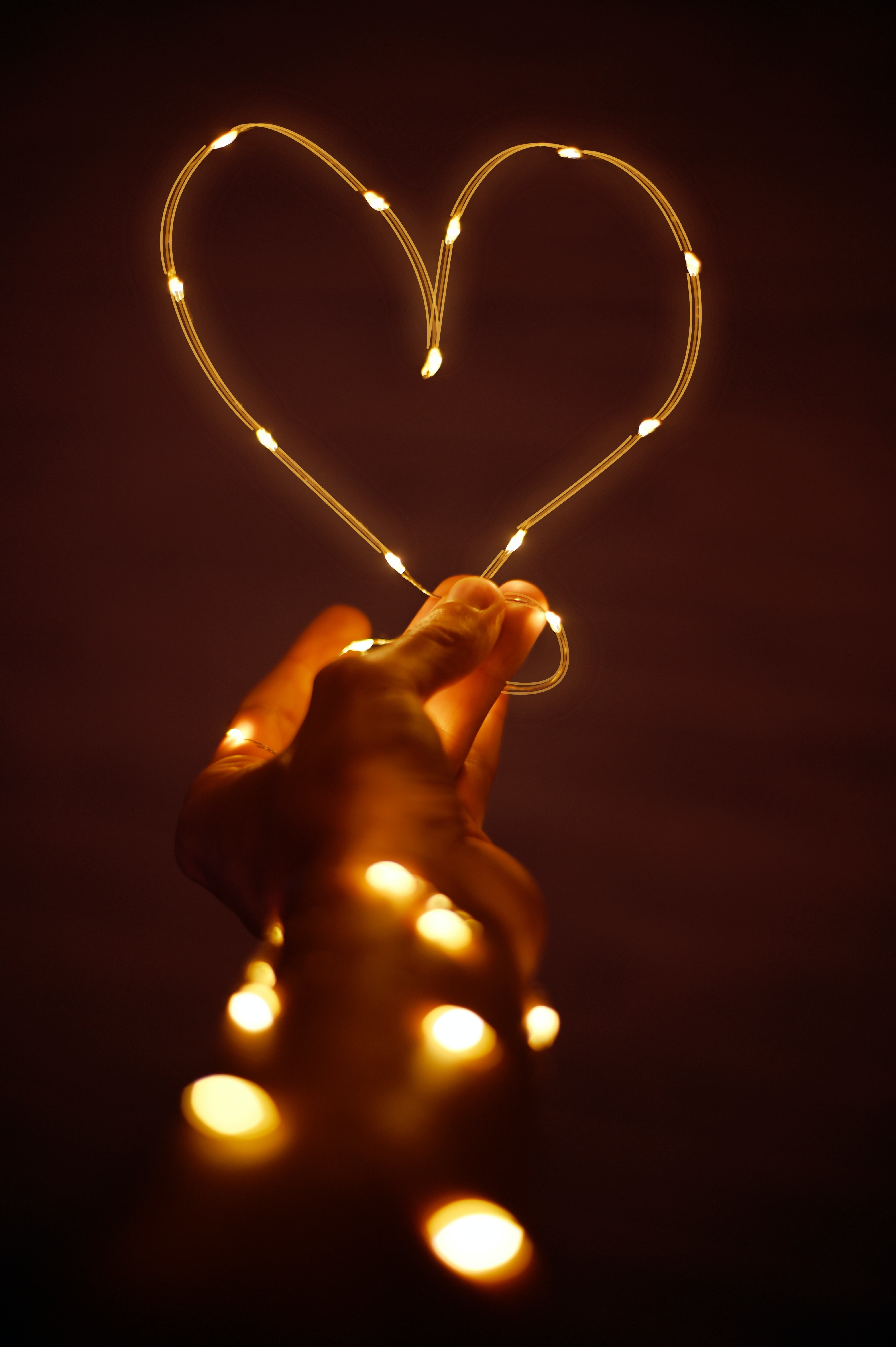 heart in lights expat away from family at christmas